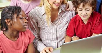 Header Bildungs-Laptop Kinder