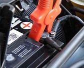 Richtig Starthilfe geben, wenn die Autobatterie streikt